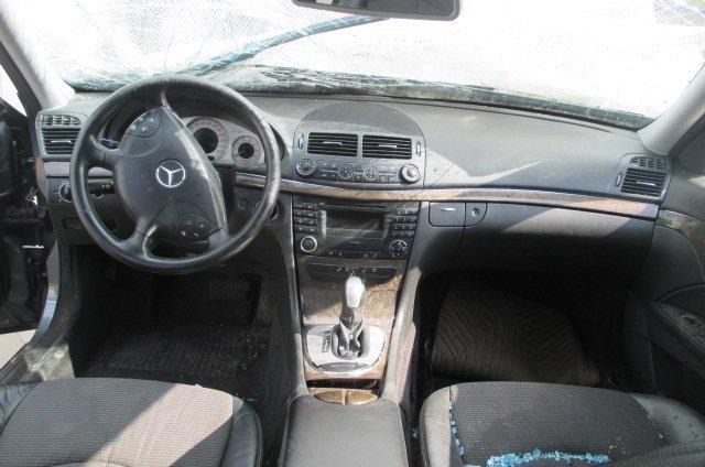 mercedes-benz-e-class-w211-e240-2004g-016