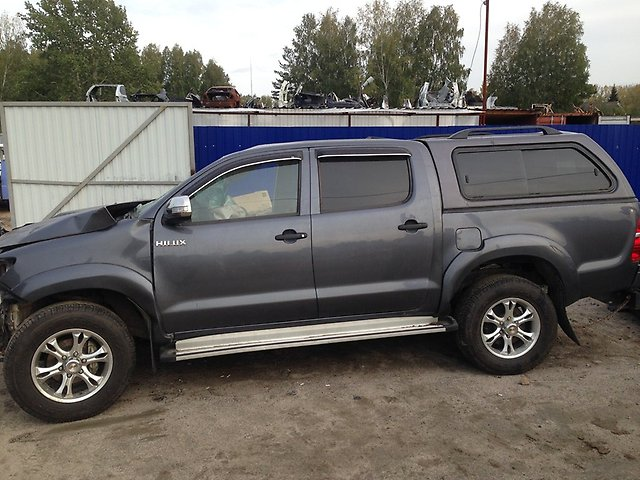 toyota-hilux-pick-up-kun2-35-2kd-ftv-2013-god-010