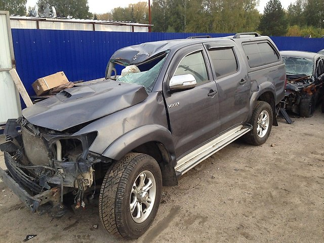 toyota-hilux-pick-up-kun2-35-2kd-ftv-2013-god-016